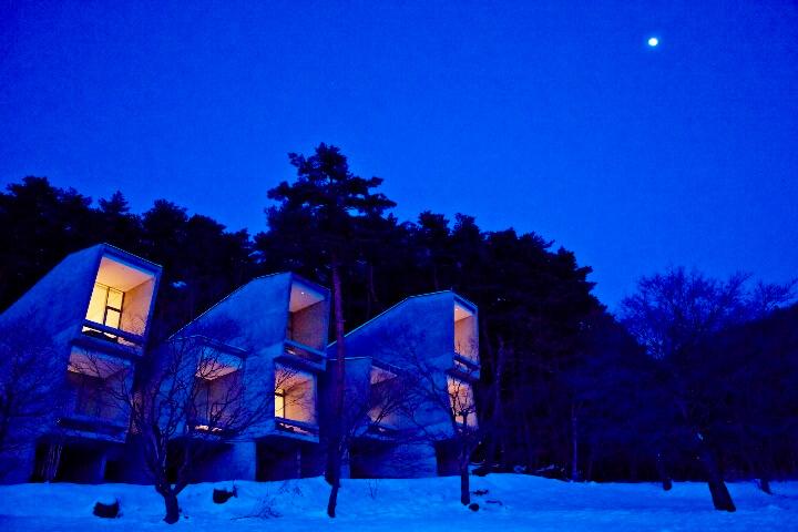 【星のや富士】冬のキャビン