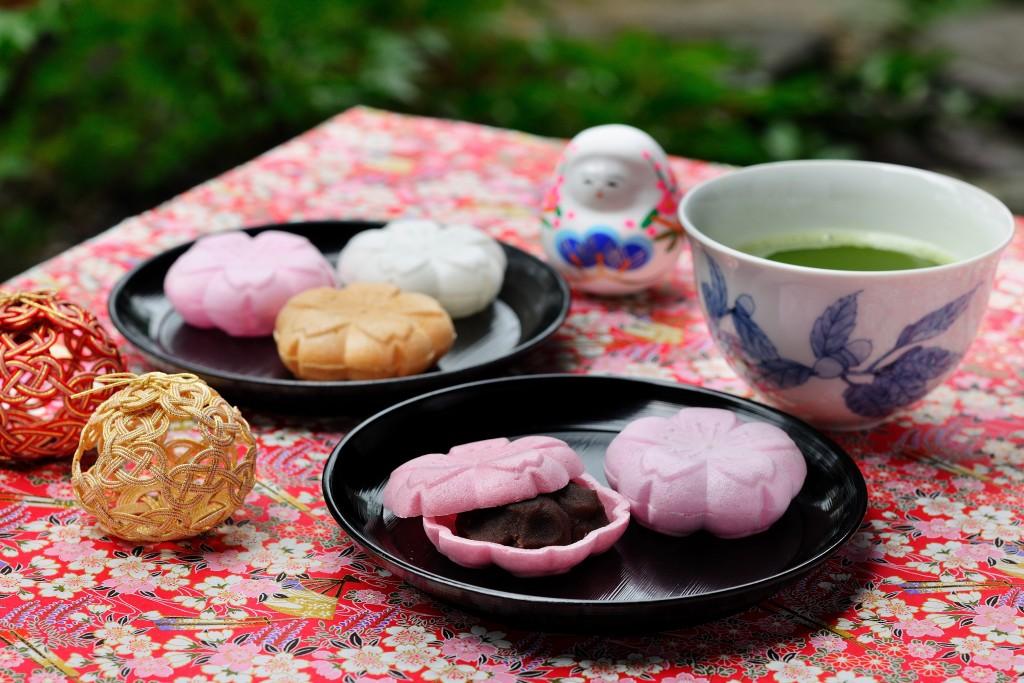 【界加賀】もなかづくり&春のお茶会 (1)